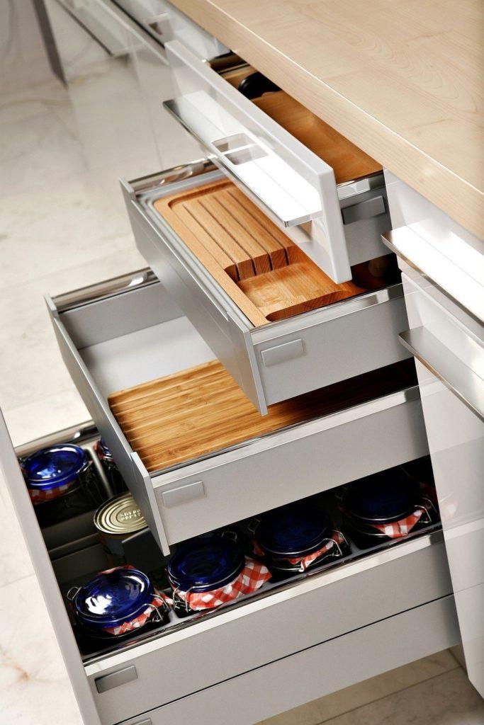 Les tiroirs : fameux accessoires de cuisine Blum